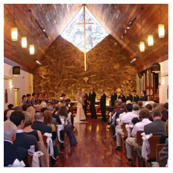 Image of a wedding in a church